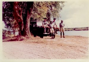 Shift patrol on Riverside Drive (Zambesi) – 1963Pete Scott & Tony Coop seated – constables unknown